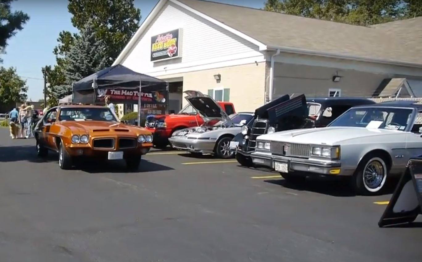 Village Auto Body >> Schaeffer Auto Body Car Show Elk Grove Village Il Sept